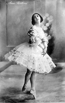 Anna_Pavlova_ca.1910-15